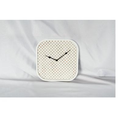 Horloge de Bois de Style Scandinave Carré  27x3.5x27cm